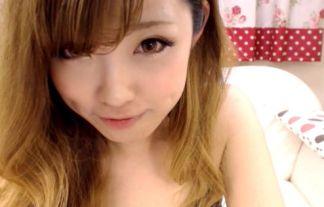 イケイケイケイケで裸おなにーを世界に配信するGALが過激すぎるwwwwww(えろ写真29枚)