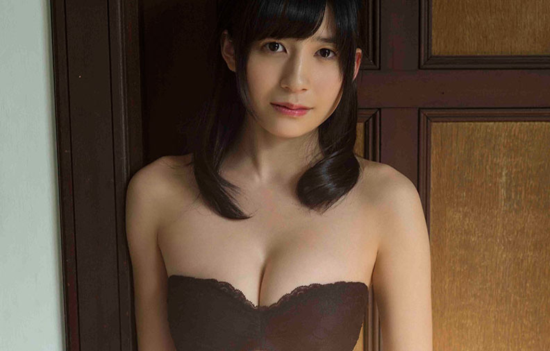(写真)AKB48佐々木優佳里の美巨乳と溢れでるヒトヅマオーラが凄い件wwwwww