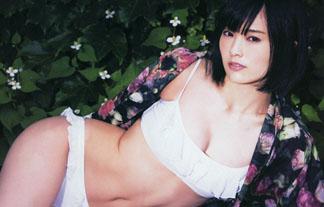 (写真)NMB48山本彩の色っぽいビキニ☆最近大人の魅力が出てきたよな?