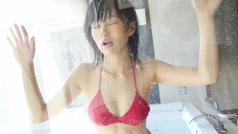 山本彩 おっぱい画像21