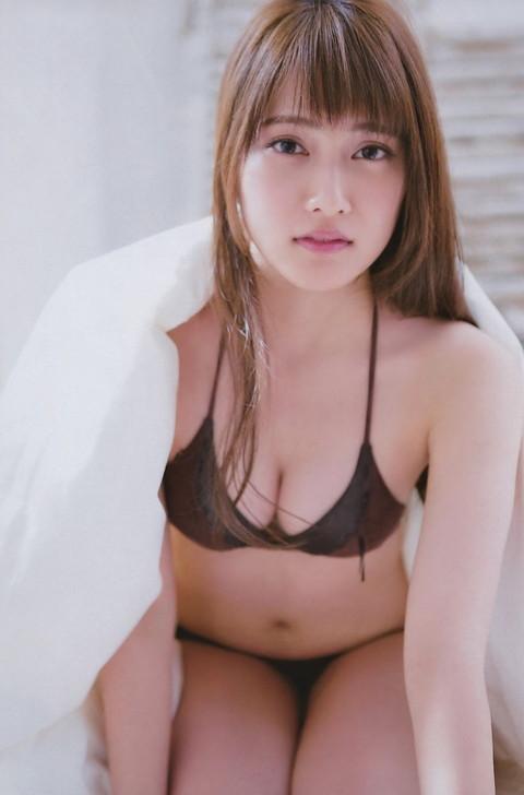 入山杏奈 エロ画像07