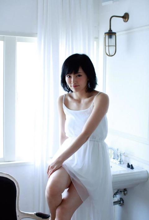 山本彩 グラビア画像06