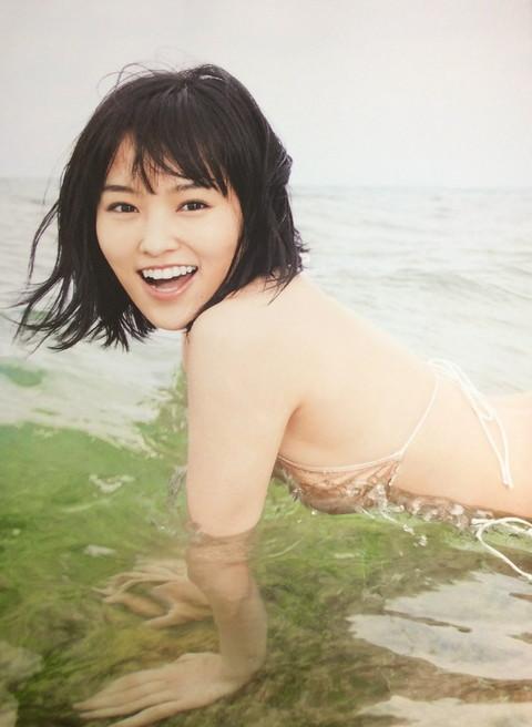 山本彩 グラビア画像11
