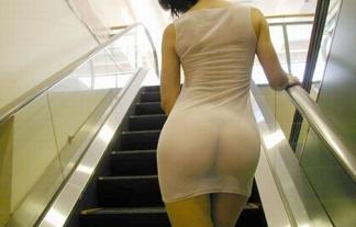 尻マニアのためにある透け透けシースルーお尻写真