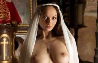 純粋娘なはずのシスター(修道女)がセックスな事してるえろ写真(9枚)