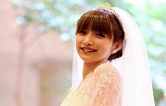 (写真あり)後藤真希の挙式wwwwwwゴマキのドレス姿、色っぽ過ぎて抜いたったwwwwww