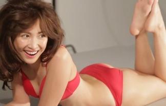 紗栄子の下着CMメイキング映像キャプ写真☆やっぱダルを一時血迷わせた体はすげーなwwwwwwwwww ※キャプ写真35枚
