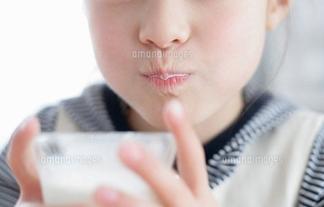 きゃわえええwwwwww謎の美幼女モデルの正体が橋本環奈ちゃんではないかと話題に(比較写真あり)
