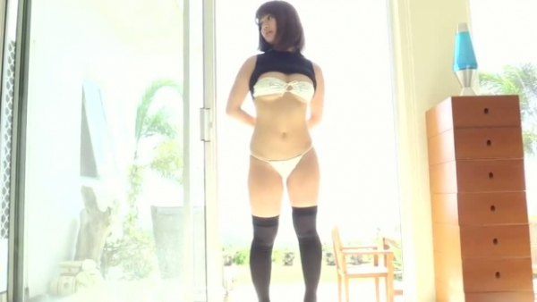 平嶋夏海 ハミ乳ミズ着写真52枚☆元AKBのぽちゃモデルがハミ乳ミズ着姿を披露wwwwwwww
