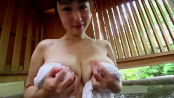 滝沢乃南 ロケット乳過激写真33枚☆タオル一枚でロケット乳をぷるんぷるん☆そりゃボッキしますわ…