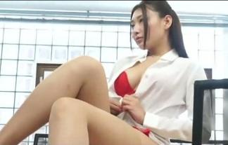 【OL】ムチムチの女上司に呼び出されてその犯罪的なカラダをたっぷり見せつけられた【太田千晶エロ画像30枚】