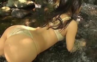 (石川あんな)暑くなったから川に痴ジョが沸いてるwwwwwwこれはイキがイイ上物だな☆(えろ写真26枚)