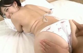 高崎聖子の美巨乳とプリ尻がぷにぷに揉まれまくり問題(えろ写真14枚)