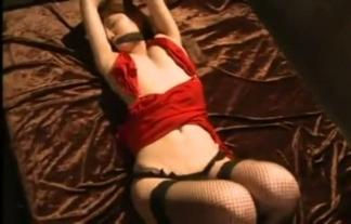 (尾崎ナナ)えろすぎる体の女をさらって縛り中・・・これは我慢できん(えろ写真39枚)