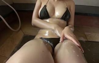 【永作あいり】豊満なおっぱいにデカ尻が濡れ濡れ!グラマラスなお姉さんがエロい【エロ画像31枚】