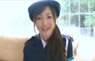 (村上友梨)むっちり美巨乳のモデル婦警がお家に来て服脱いでるんだが・・・・・・(えろ写真34枚)