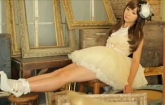 今月(11月29日)でハロプロ卒業する福田花音がミニスカドレスで太もも露出(えろ写真32枚)