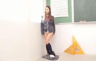 びりGALみたいな西田麻衣がセイフク脱いでハミ出したロケット乳がヤバすぎる(えろ写真42枚)