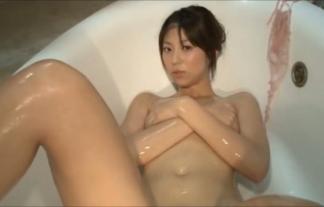 (坂本のぞみ)くっそモデルな姉さんが濡れ濡れ手ブラ開脚でマンスジも見えててシコシコ不可避(えろ写真38枚)