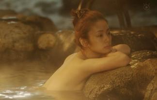 (地上波初)映画「テルマエ・ロマエII」上戸彩ちゃん入浴横乳シーンwwwwwwwwww(GIFムービーあり)