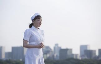 (写真)篠崎愛が白衣の天使になってハゲを応援wwwwwwそのまま俺の男性ホルモン吸ってくれwwwwww