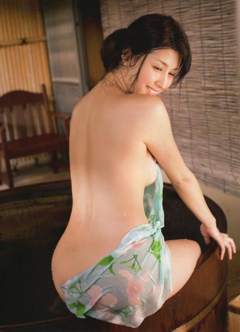 壇蜜 橋本マナミ 比較 エロ画像018