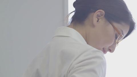 橋本マナミ JAF CM エロキャプ画像035