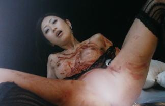 (アイドルぬーど)壇蜜(35)裸で土下座、緊縛強姦…フルぬーどで熱演した映画「甘い鞭」キャプたっぷり(写真41枚)