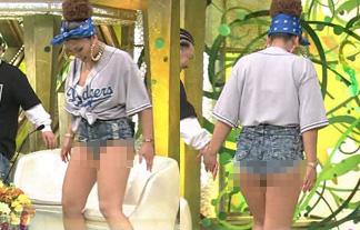 (放送事故)新婚さんいらっしゃい☆でシロウトGAL妻が尻肉ハミ出しハプニング☆(写真26枚)