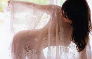 小野真弓(35)伝説の裸セミぬーど写真集☆あのアコム微笑み天使、衝撃の裸体☆ 写真77枚