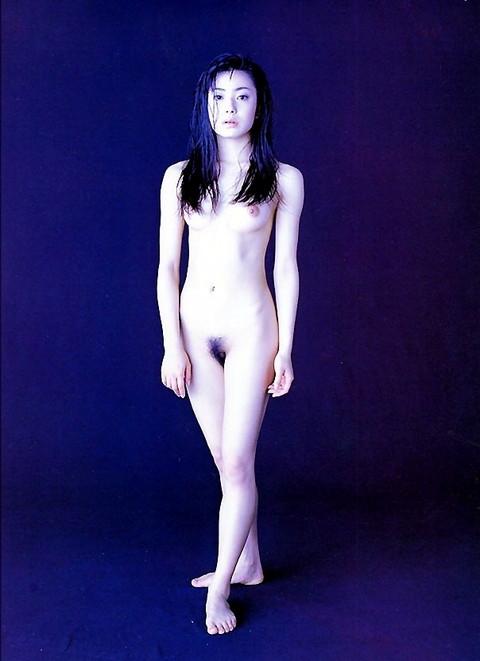 【ヌード】菅野美穂(39)黒歴史解禁?当時の全裸ヘアヌードは衝撃的だったなあ