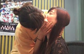 (レズビアン)AKB48大家志津香と武藤十夢がねっとりKISS☆がっつり舌入れとる…(ムービーあり)