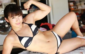 才木玲佳の美しすぎる筋肉グラビア☆こんなカワイい顔してムッキムキ…(写真38枚)