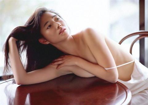 高樹沙耶 全裸 フルヌード エロ画像16