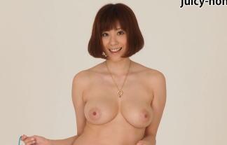 麻美ゆま、レジェンドアダルトビデオ女優のフルぬーど裸直立不ムービー像wwwwwwww 写真52枚