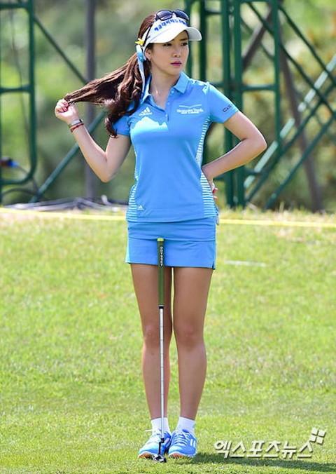 韓国の美人ゴルファー「アン・シネ」エロ画像05