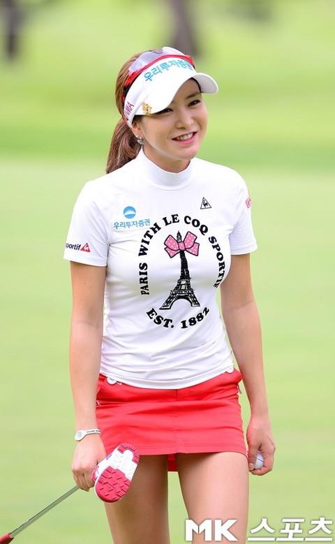 韓国の美人ゴルファー「アン・シネ」エロ画像10
