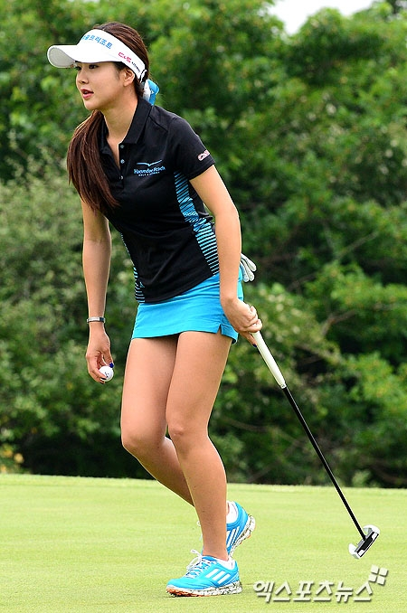 韓国の美人ゴルファー「アン・シネ」エロ画像14
