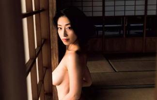 佐藤寛子(31)最新ヘアぬーど写真集第一弾カットがキタ━━━(゚∀゚)━━━☆☆ 写真23枚