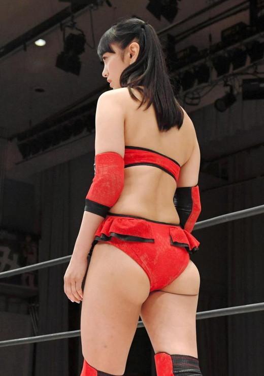 脊山麻理子・鈴木奈々 女子プロレス エロキャプ画像01