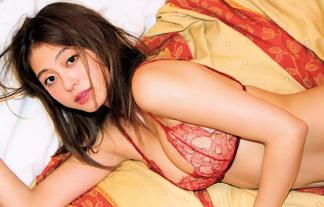 大川藍の豊満体えろ写真35枚☆芥川賞作家が触りたくなる体を収録した結果…