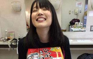 内田真礼 えろ写真100枚☆色っぽいミズ着写真集にカワイいコスプレ姿も☆