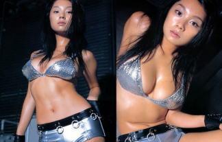 小池栄子、全盛期のビキニお乳写真16枚wwwwww暴力的なロケット乳wwwwww