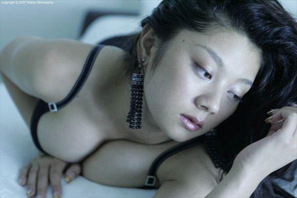 アイドル女優エロ・ヌード画像 013