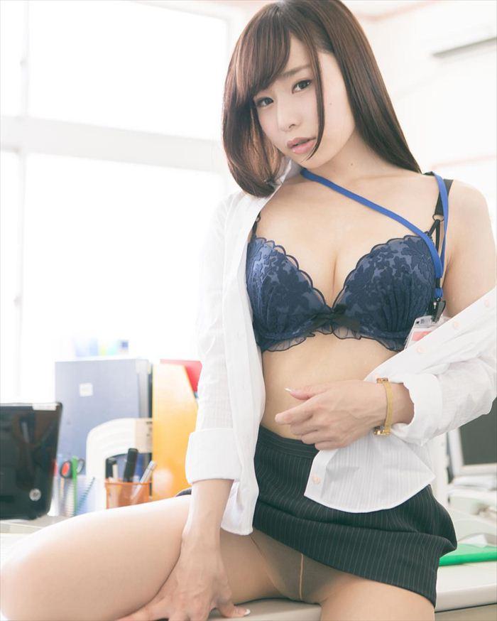 逢坂愛 エロ画像 033