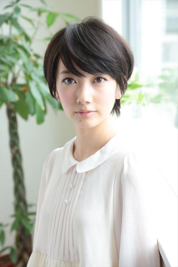 波瑠 エロ画像 036