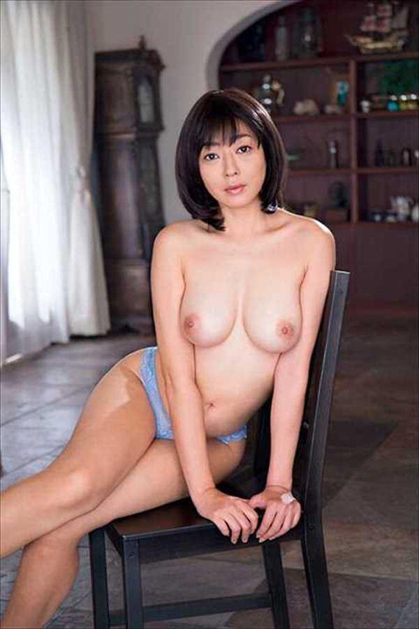 小松千春 ヌード画像 031