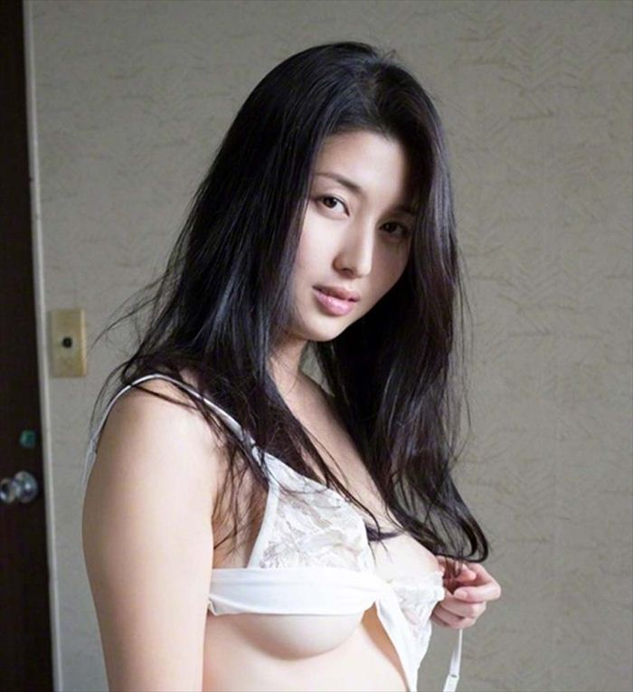 橋本マナミ 記事画像 002