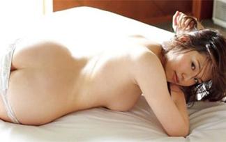 岡村いずみ画像