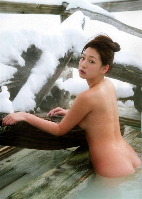 佐山彩香 ヌード画像 002